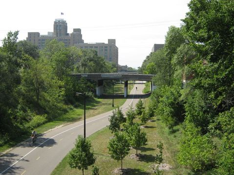 800px-Midtown_Greenway_looking_west